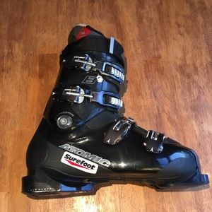Atomic Surefit Ski Boots